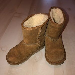 Ugg Classic Short Boots 9 Toddler Baby Girl Brown